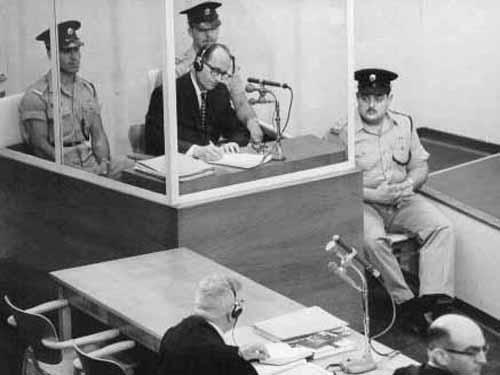Eichmann en el juicio